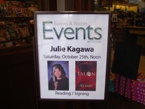 Julie Kagawa Sign 2